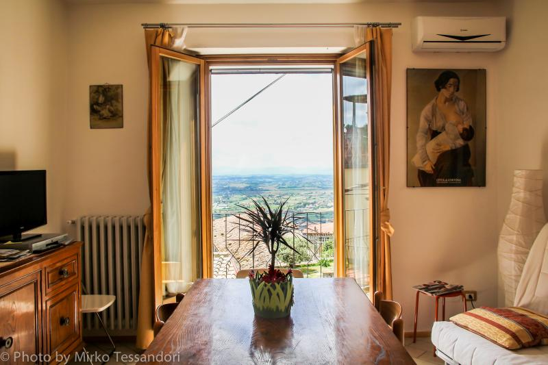 View of the Valdichiana valley from the living room