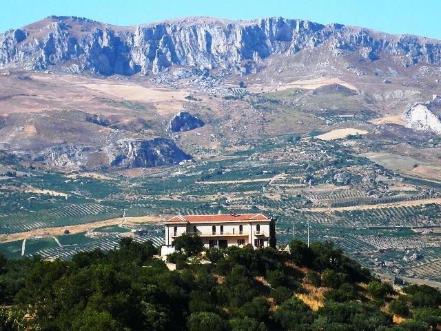 Casale Galati Appartment Scirocco, vacation rental in Sciacca