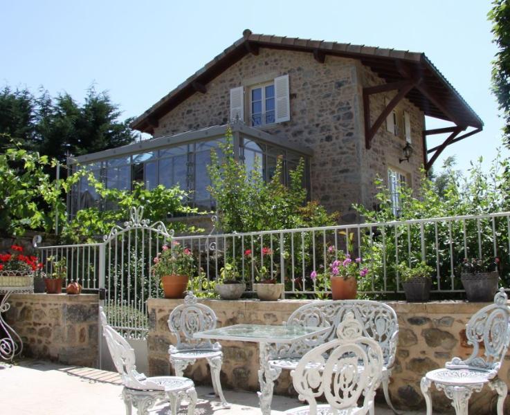 Manoir Montdidier, holiday rental in Saint-Igny-de-Vers