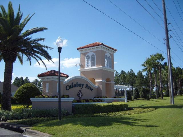 Calabay Parc Entrance