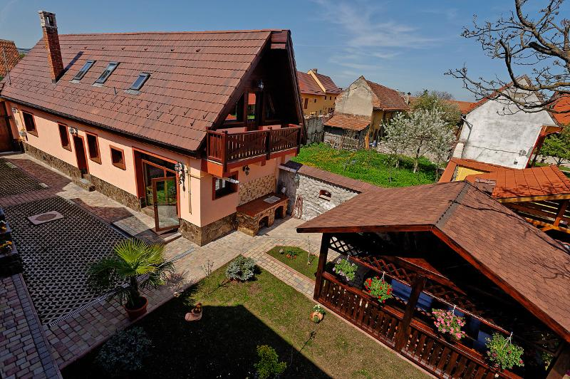 Ambient Villa, vacation rental in Poiana Brasov