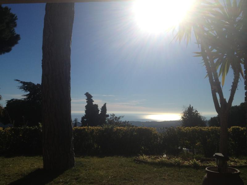 Coucher de soleil depuis le jardin
