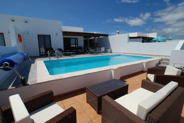 Bay View Villa - Private Pool & Lower Terrace