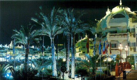 marina port de nuit