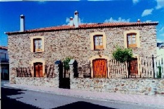 La Casa Grande de Adolfo, holiday rental in San Vicente de Alcantara