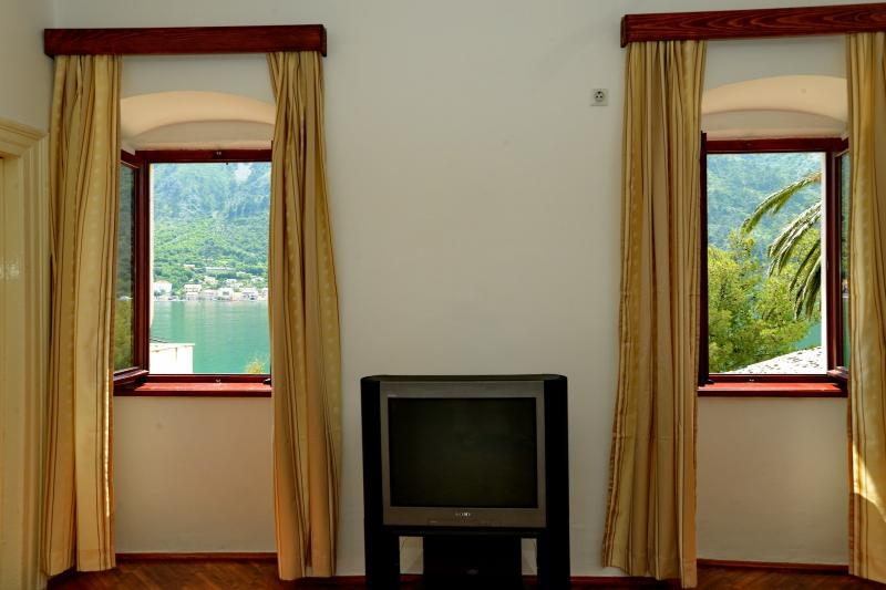 BAY APARTMENT, vacation rental in Radovici