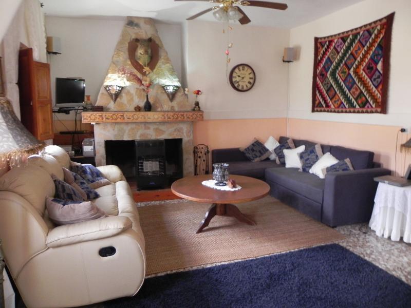 Casa Rural de 4 dormitorios en, alquiler vacacional en Bullas