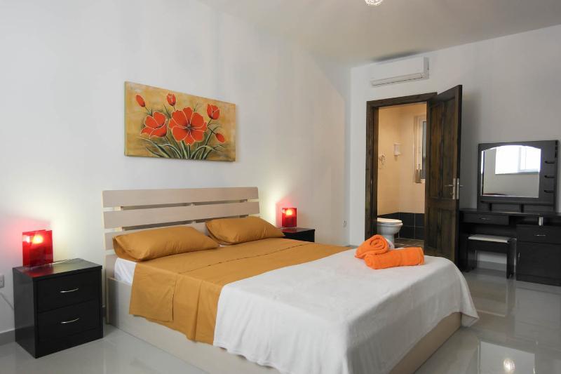 malta, apartament,balcony,beach,modern,mellieha,, vacation rental in Mellieha