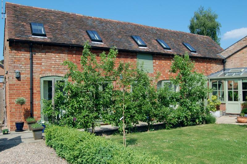 Beautiful historic Coach House Barn in the heart of Worcestershire