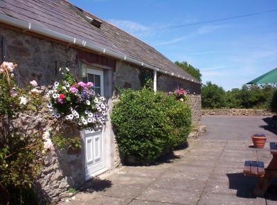 2 Glantraeth Farm Holiday Cottage, location de vacances à Malltraeth