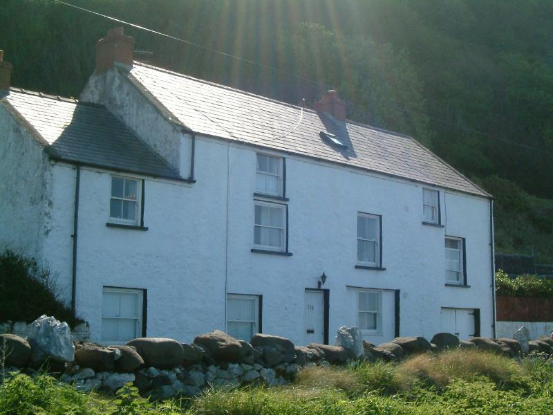 The Coach House Self Catering Apartments - Stables Apartment, holiday rental in Glenariffe