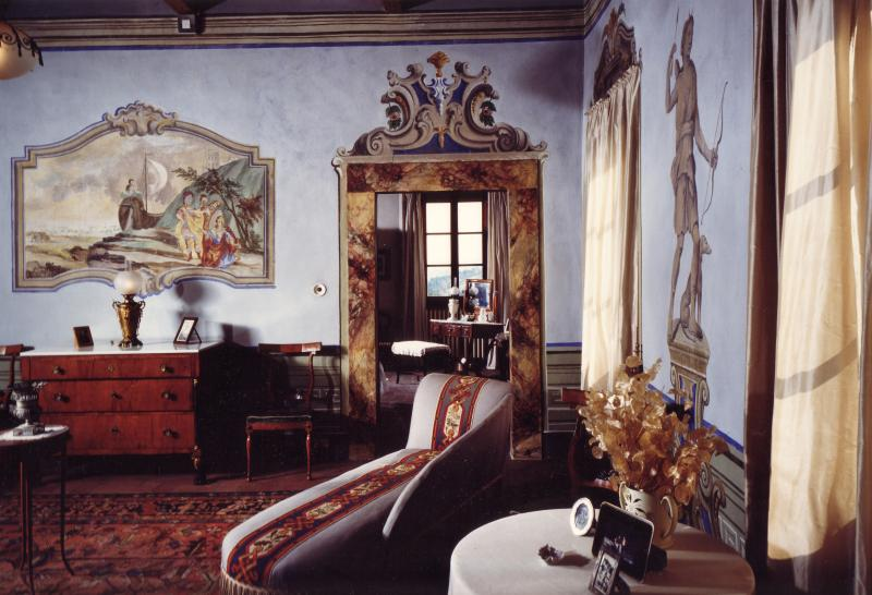 Wonderful eighteenth century villa with original frescoes in the countryside between Florence, Lucca and Pisa
