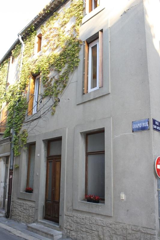 Castel Grand Rue is conveniently located in the market town of Olonzac.