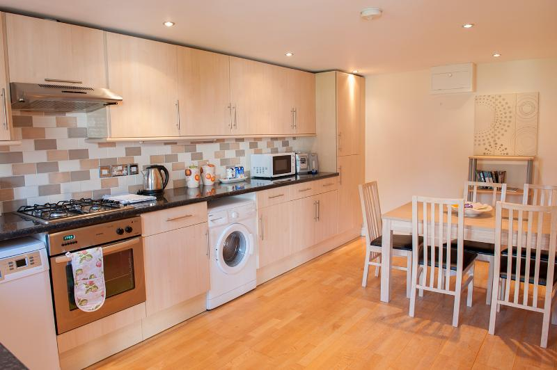 4 Solent Reach Mews, holiday rental in Keyhaven