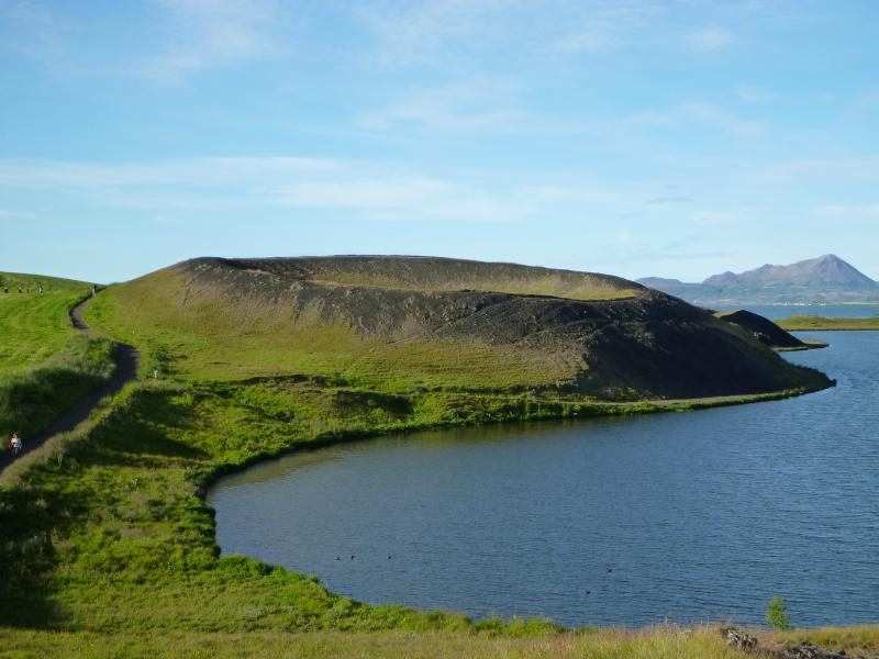 The pseudocraters - the thrilling volcanic area is so close by
