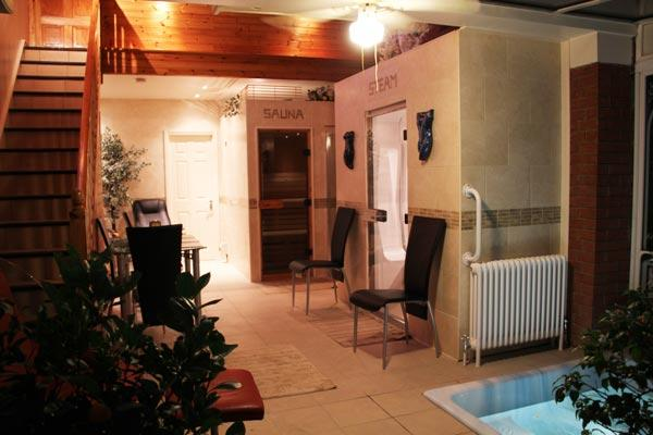 Spa Area, sauna and steam room