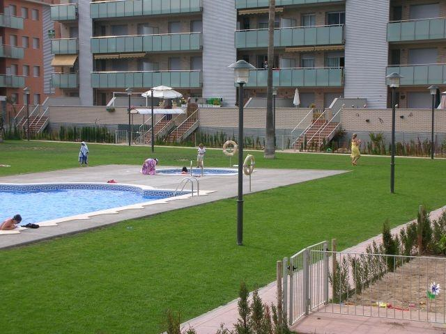 Apartamento de 2 habitaciones, vacation rental in Cubelles
