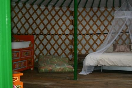 Oaks Yurt interior