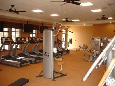 Well equipped 24hr fitness centre
