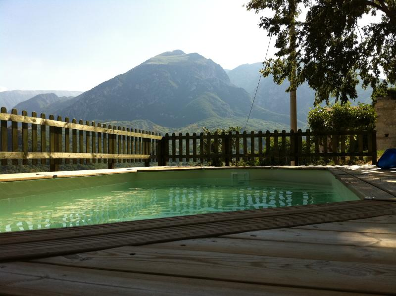 The pool, decking and Mount Maiella