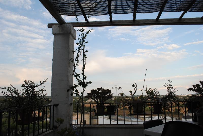 'Specchia House' Vacanze in Salento, holiday rental in Miggiano