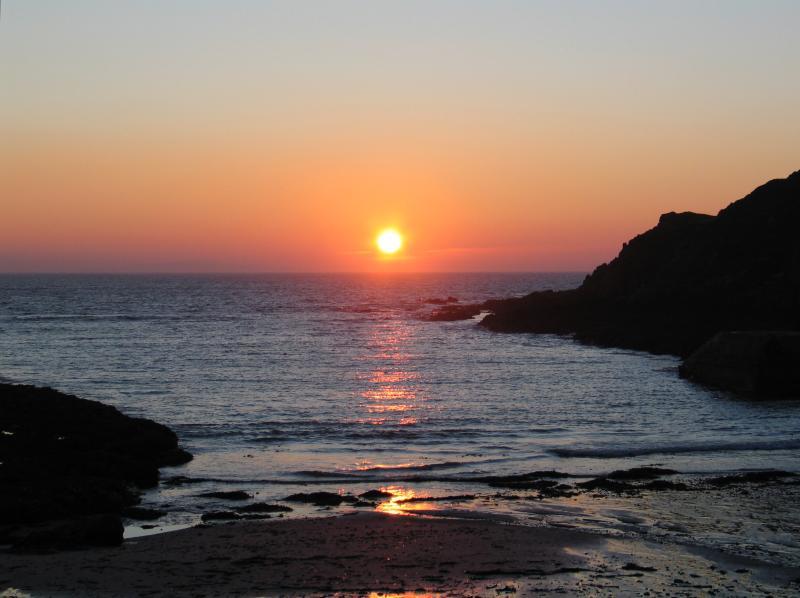 The sinking sun at Portronan
