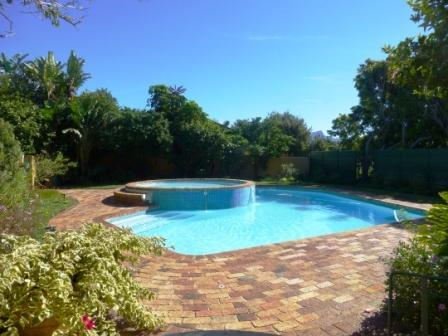 The larger pool with warm paddling pool
