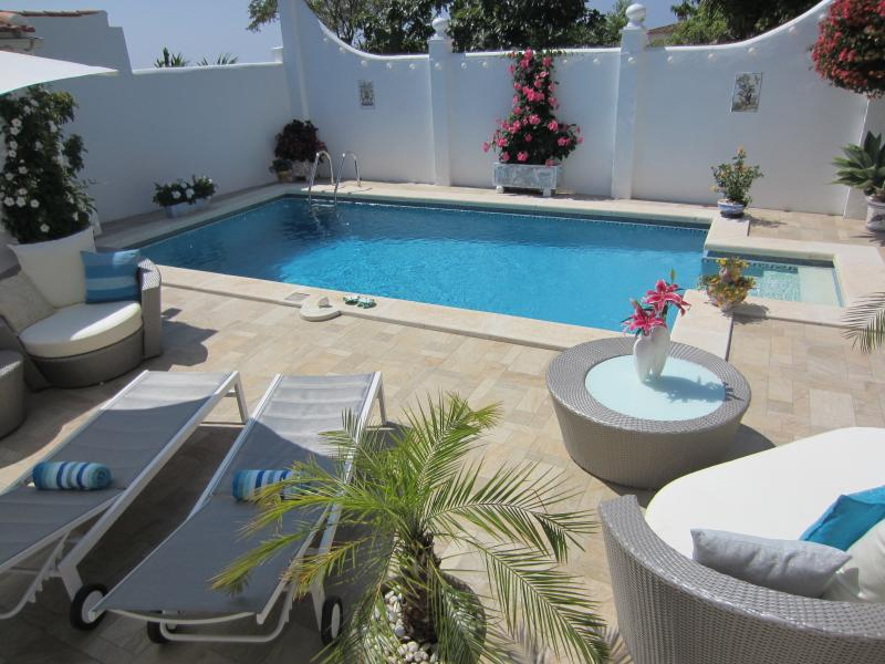 CASA DEL SOL BOUTIQUE BED & BREAKFAST 'We go above & beyond for all our guests', alquiler de vacaciones en Benalmádena