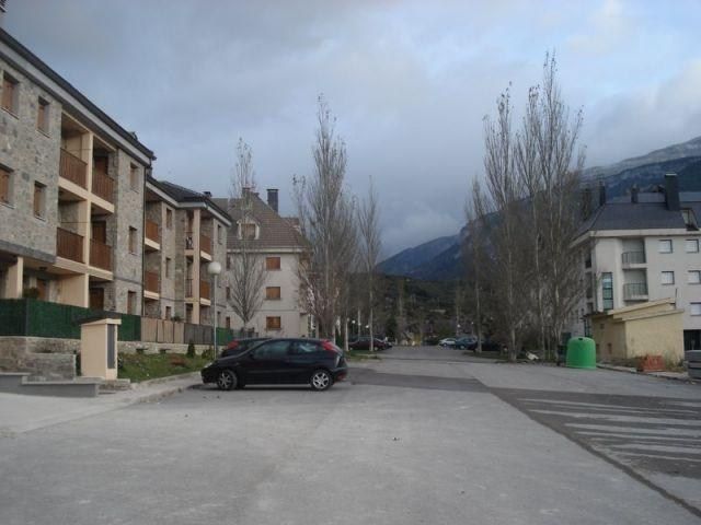 Apartamento para 4 personas en Villanúa, vacation rental in Canfranc