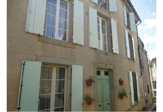 The Cathar Cottage - Rustiques, Ferienwohnung in Trebes