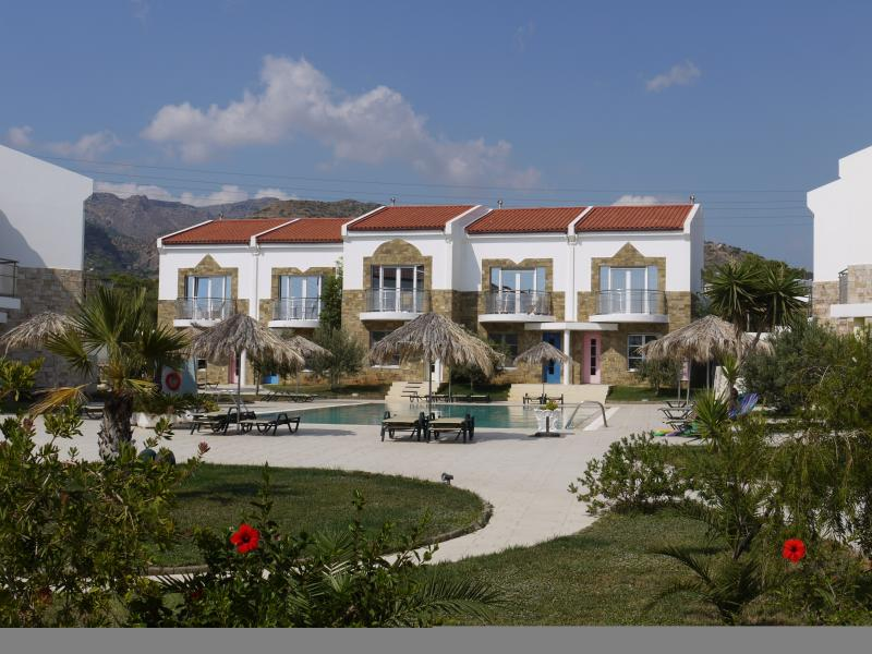 16 Grapevines Villa, vacation rental in Koutsouras