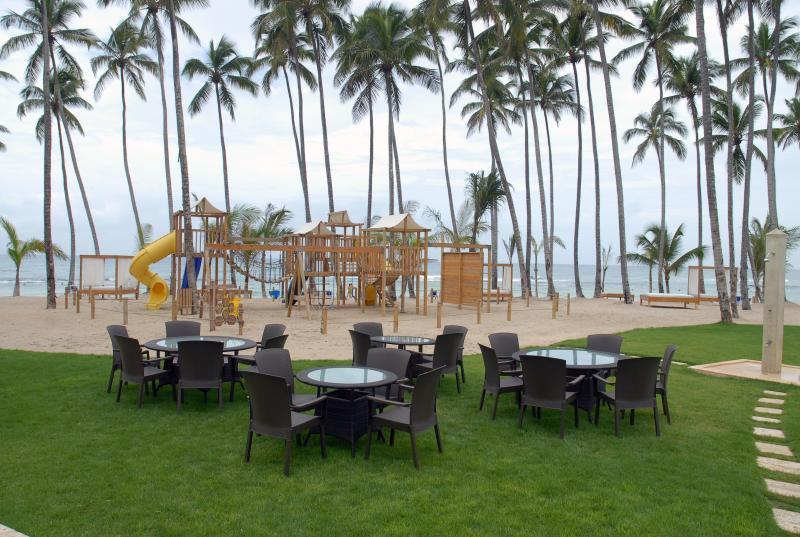 Gebied strandrestaurant. Achter, kinderbad.