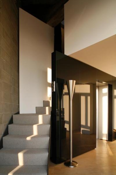 Stairway to 2nd Bedroom and Terrace floor