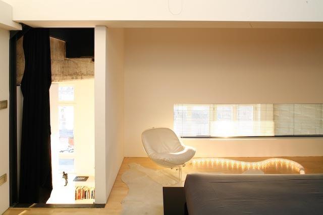 King Bedroom  horizontal window