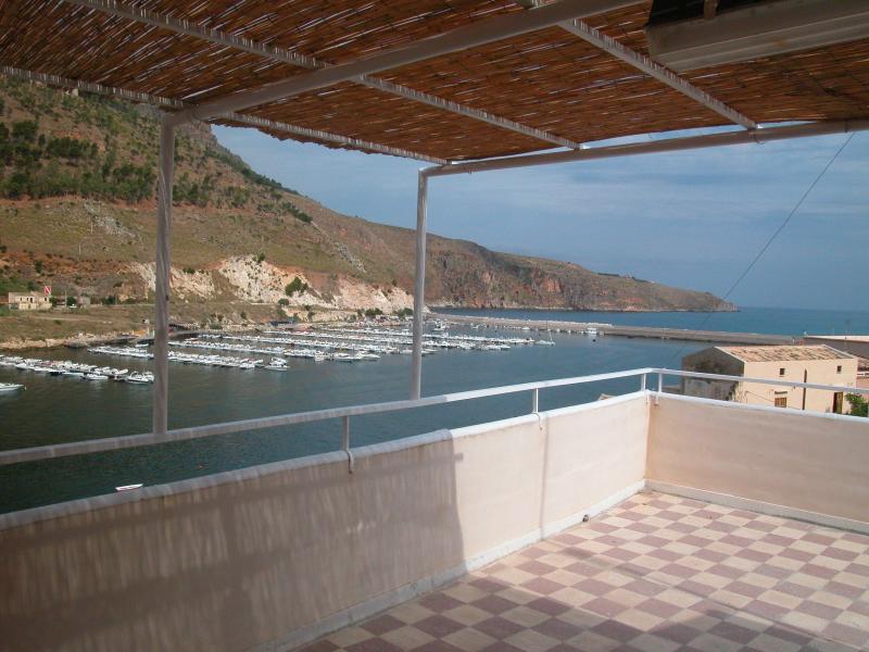 La casa sul ponte, holiday rental in Castellammare del Golfo
