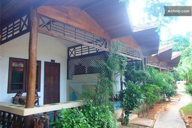 Air Conditioning Room with One King Bed, Room Only, holiday rental in Railay Beach