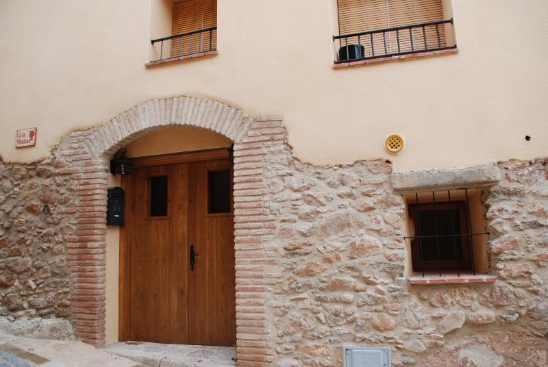 Ca la Monica (Priorat), vacation rental in Cornudella de Montsant