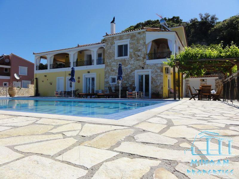 the complete villa with the pool