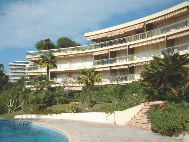 One bedroom garden apartment, vacation rental in Cannes