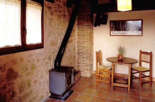 Apartamentos Los Masecicos, 9, holiday rental in Province of Teruel