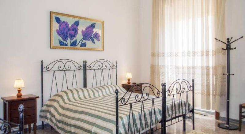 DOUBLE CHAMBER ASSUNTA +1 or .2 BEDS