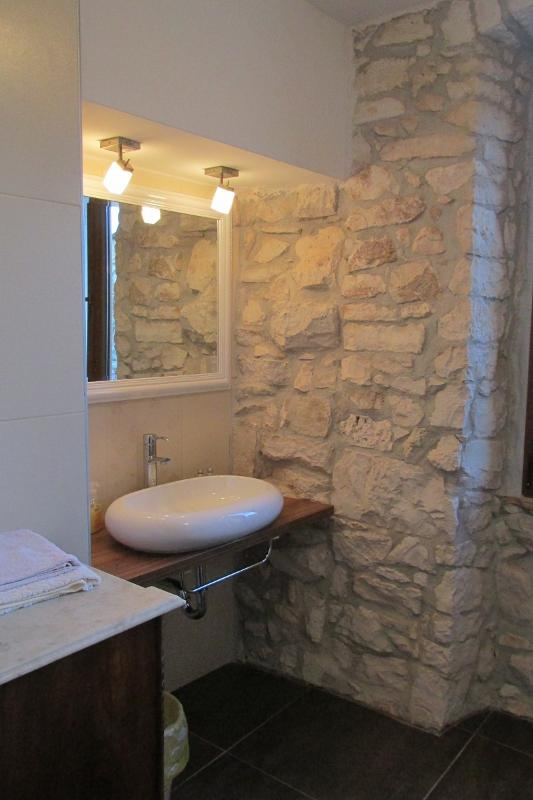 Bathroom with shower, shared by double and twin bedroom