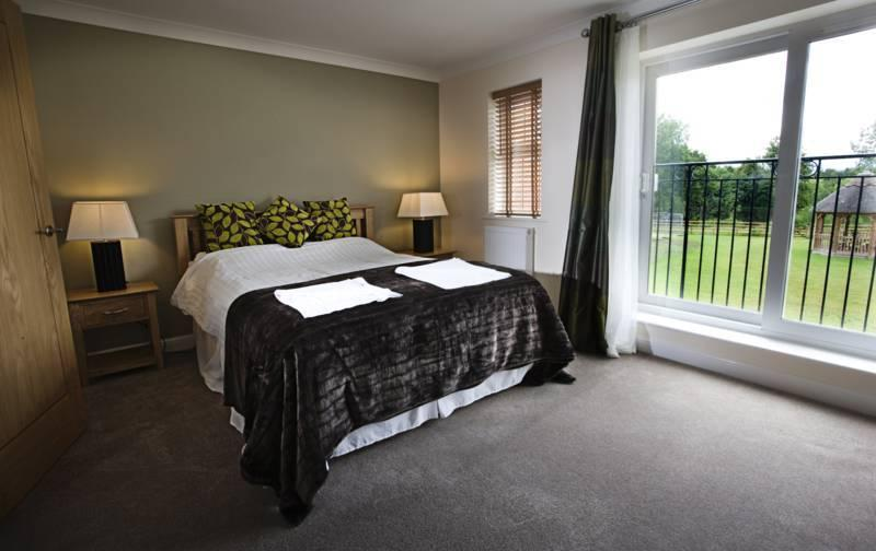 Bramble Cottage Lakeview Holiday Cottages, holiday rental in Bridgwater