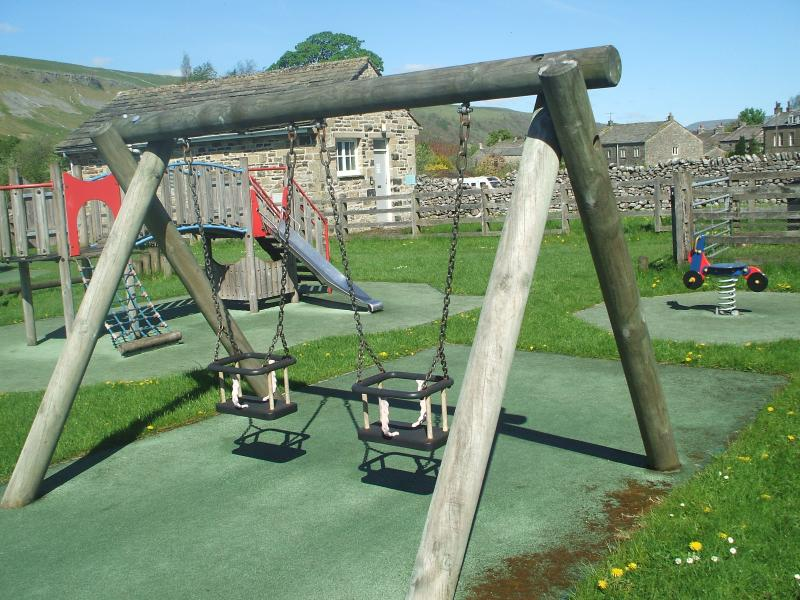 Swings at Kettlewell Childrens play area