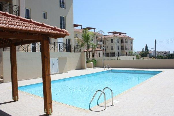 Nice outdoor swimming pool