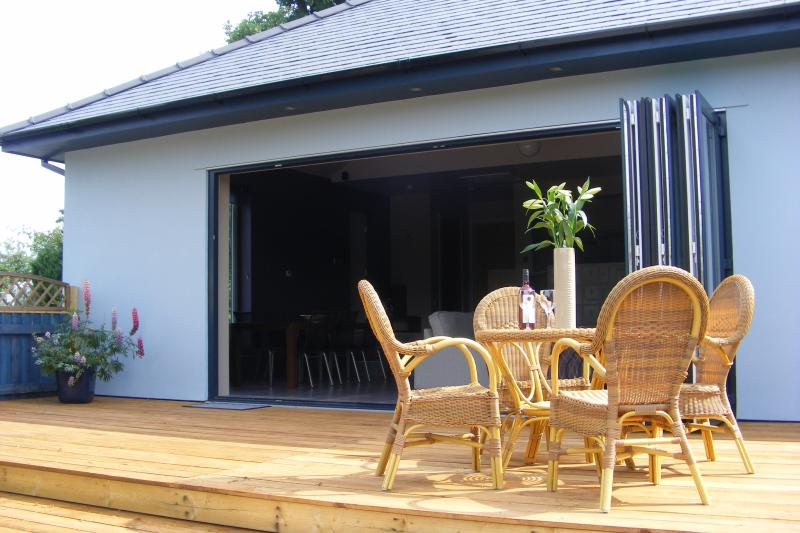 5 metre wide bi-fold doors for indoor/outdoor living