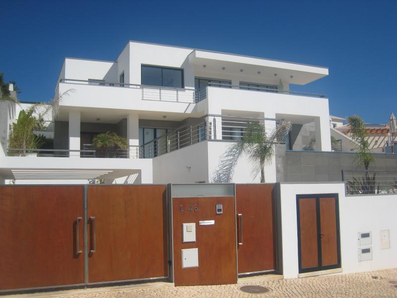 Villa vooraanzicht