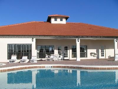 Extra full size pool with large hot tub and clubhouse games room