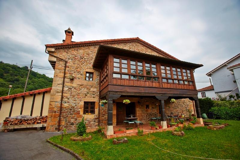 Posada Ochohermanas, aluguéis de temporada em Corvera de Toranzo