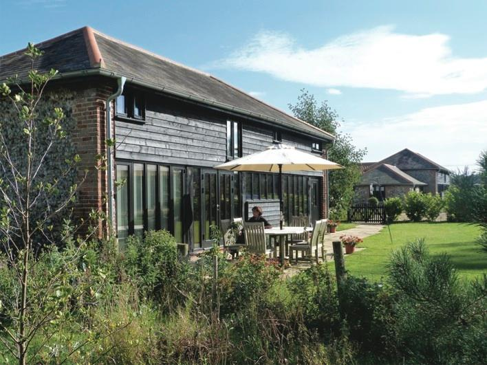 Highly rated, award winning accommodation, enclosed garden within Lackford Lakes Nature Reserve